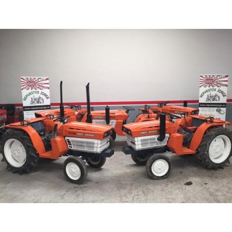 Mini tractor Kubota 1600. 4x2    3 unidades